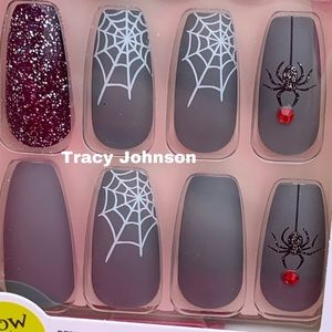 Kiss Collection LE Halloween Glue-On Nails Spiders